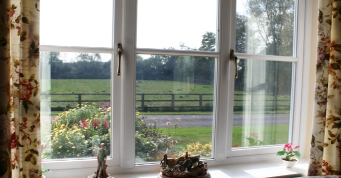 Wheatleys Farm Bed-and-Breakfast, nr Swindon/Cirencester/Cotswolds/Water-Park B&B